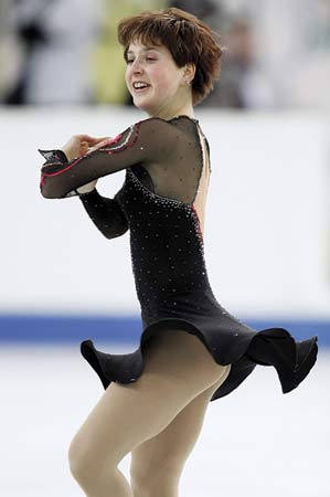 Irina Slutskaya wins gold at the first IJS Worlds: 2005