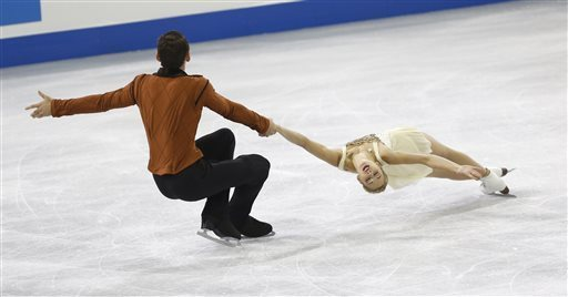 Alexa/Chris break through to win silver!! (Lucy Nicholson/Reuters)