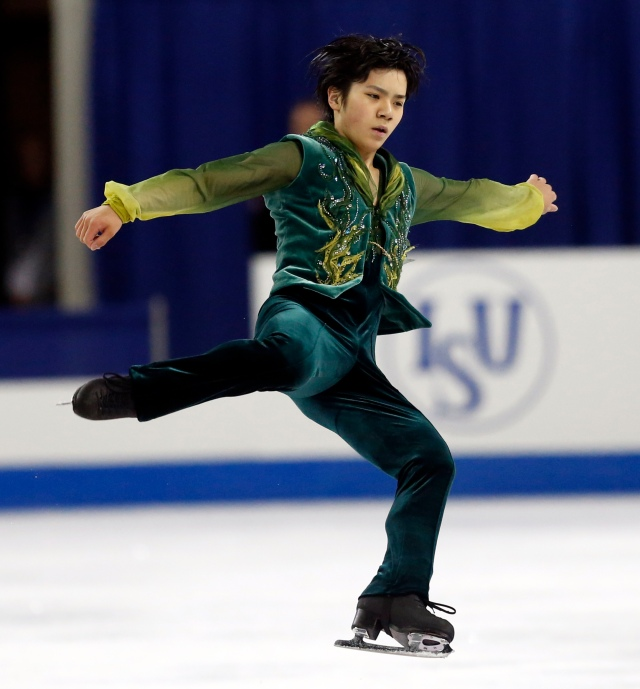 A standing ovation for Shoma (AP Photo/Jeffrey Phelps)