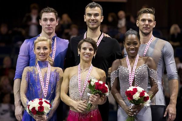 Skate-Canada-podium